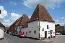 Odiham, The Oast Garage, King Street, Hampshire © Oast House Archive
